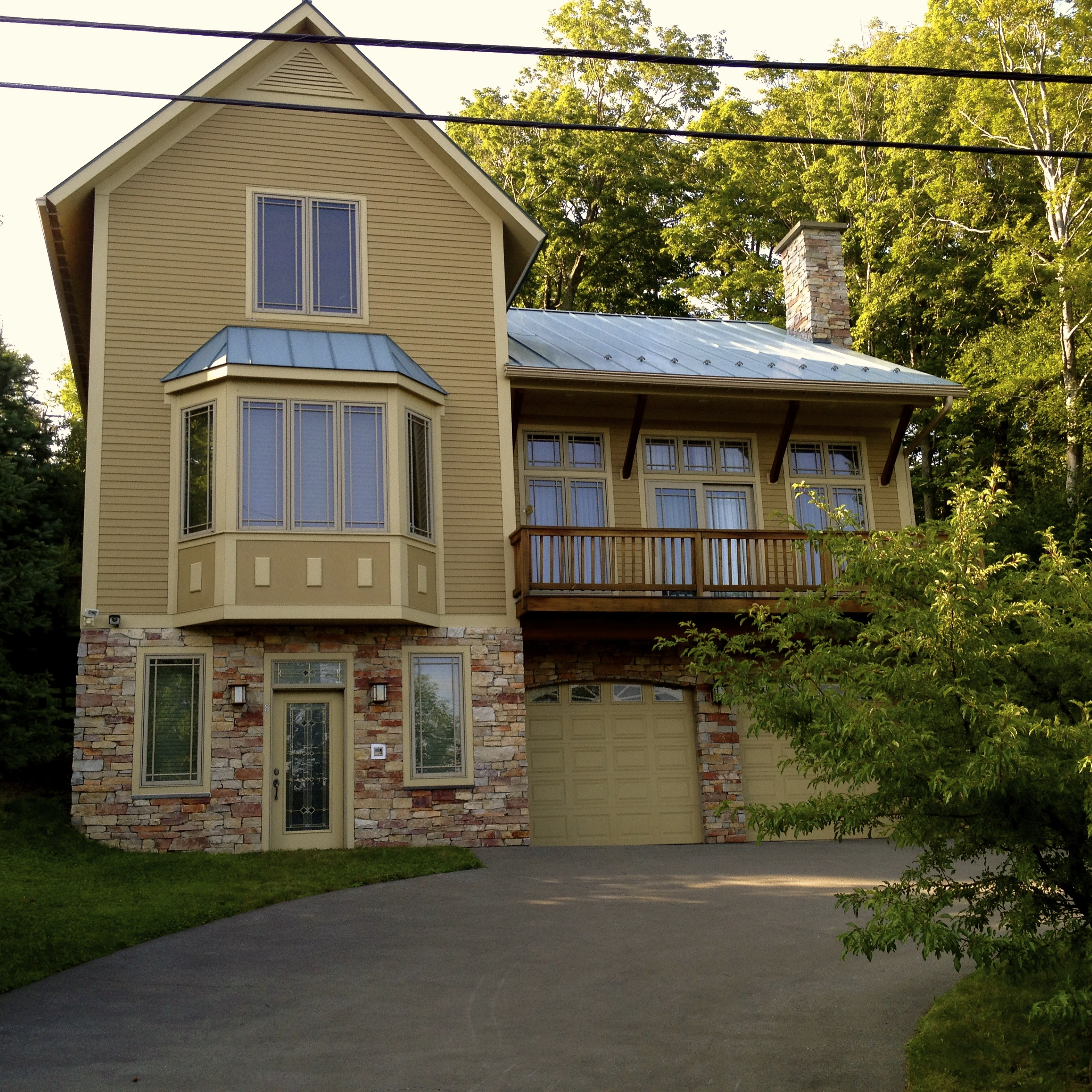 House with heated driveway - Sugarbush Resort, VT